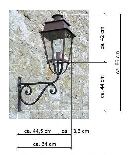 Scale drawing of: with bracket, , material:, lamp:, iron, zinc-plated, bracket:, wrought iron black varnished, , dimensions:, lamp height 420 mm, lamp width 270 mm, lamp depth 270 mm, overhang 540 mm, total height 860 mm, , bulb fitting: E27 / max. 100 W, protection class IP23, , The lamp is available in different, colours., , , ,
