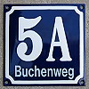 Enamel-house number with streetname blue/white